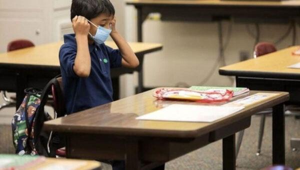 آموزش و پرورش: دانشآموزان باید دو روز در هفته به کلاس حضوری بروند